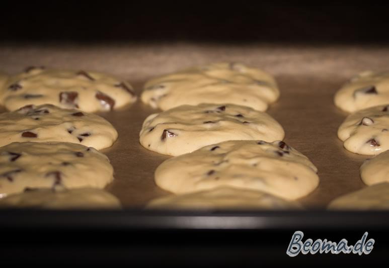 Der Cookieteig zerläuft während des Backvorgangs