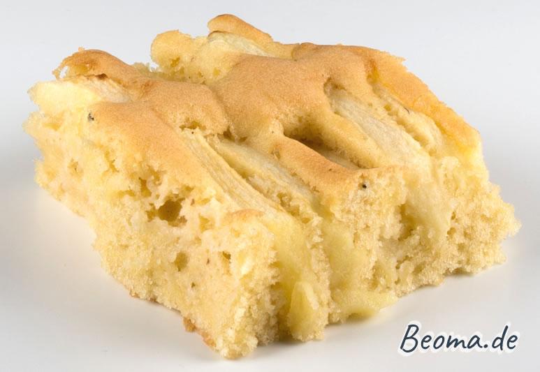 Stück Apfelkuchen vom Blech