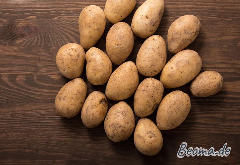 gewaschene Kartoffeln